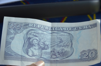 Real Cuban Pesos Back