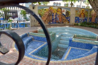 Jarden Teresa de Calcuta Mosaic baptistry