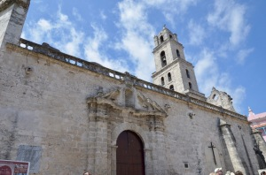Basilica Menor de San Francisco de Assisi side