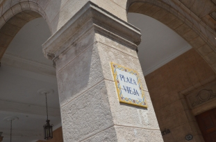 Plaza Vieja sign