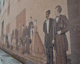 mural on Mercaderes Street