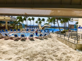 H10 Panorama pool