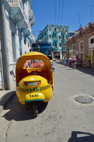 Yellow taxi (front)