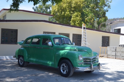 Finca Vigia 50 Green car 2
