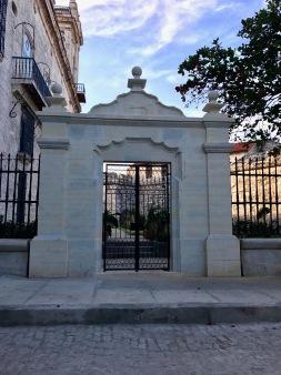 Walking Old Havana 2_2